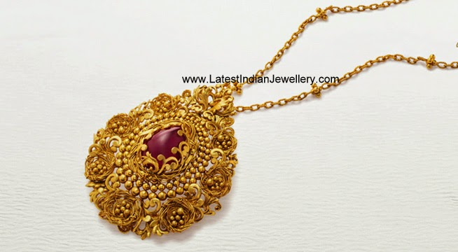 Azva Gold Pendant Design
