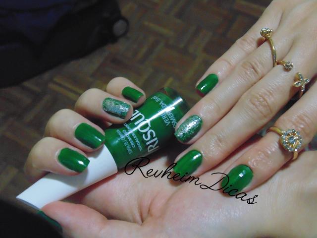 verde esmeralda risqué, risqué, gliter para unhas, gliter pop nail, renner, anéis renner, unha filha única, art nail, unhas, esmalte