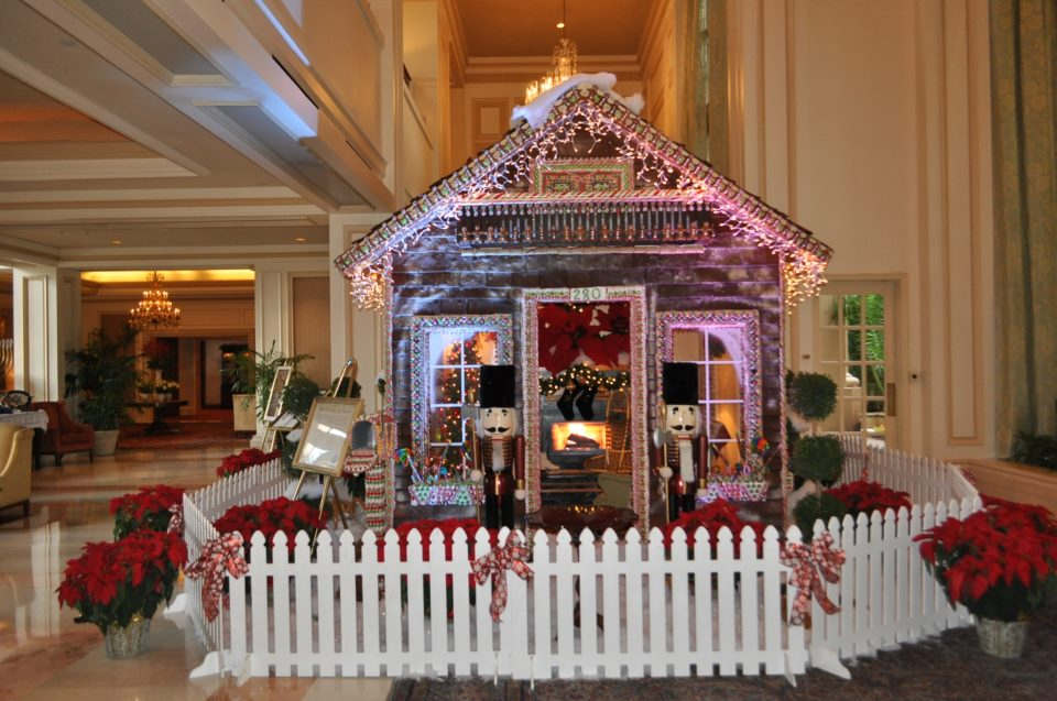 Gorgeous Hotel Holiday Decorations
