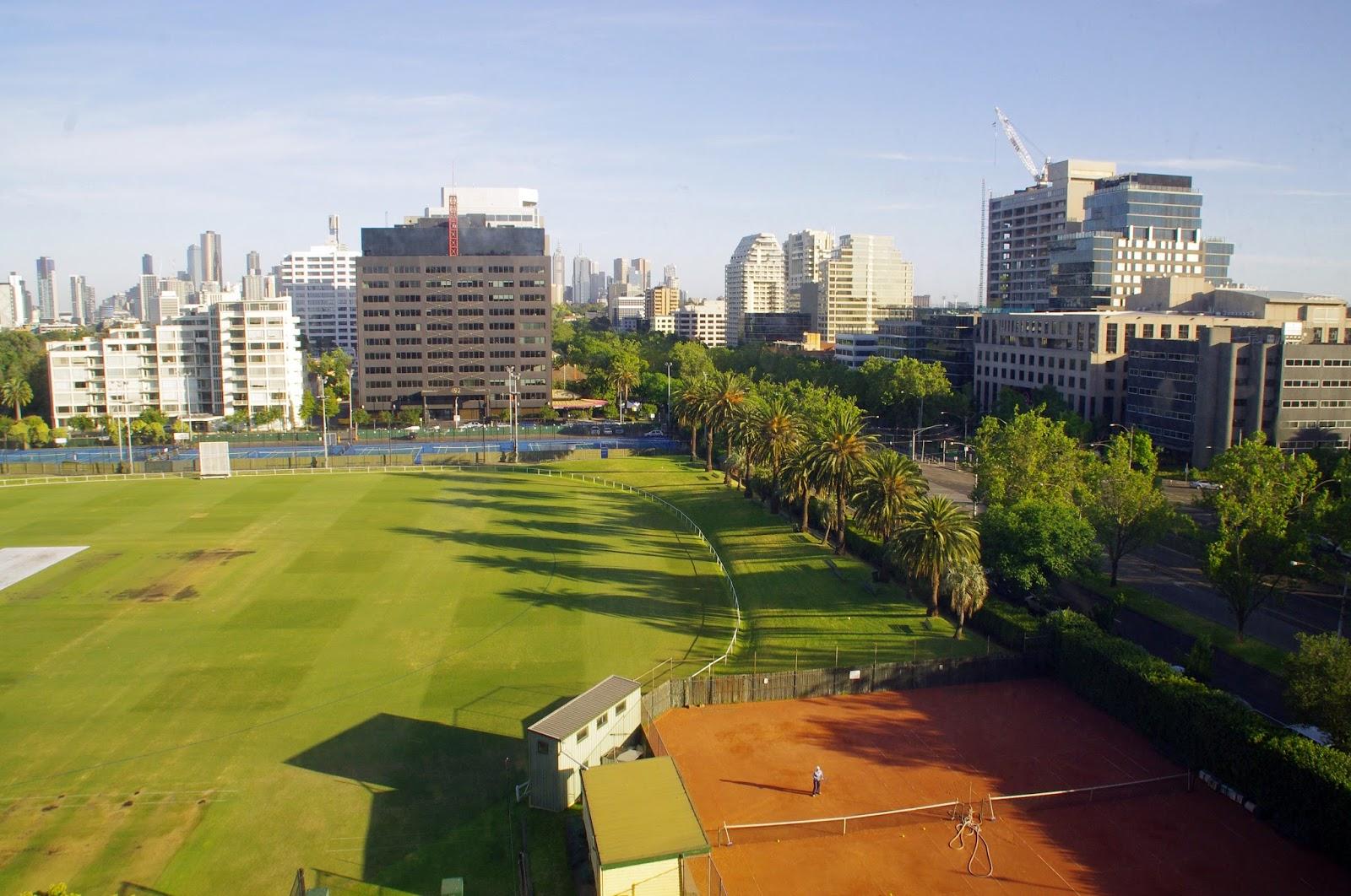 Melbourne Parkview Hotel Views