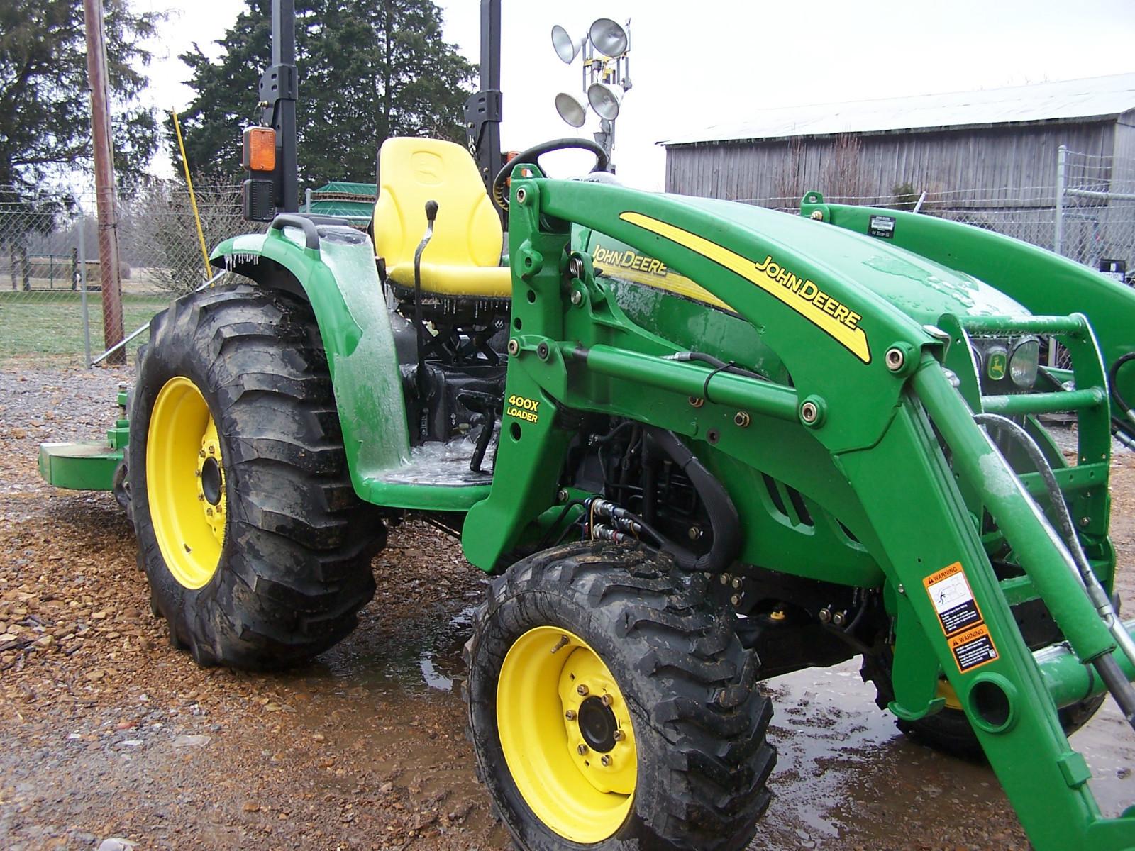 2006 John Deere 4320 --- 4200 EUR