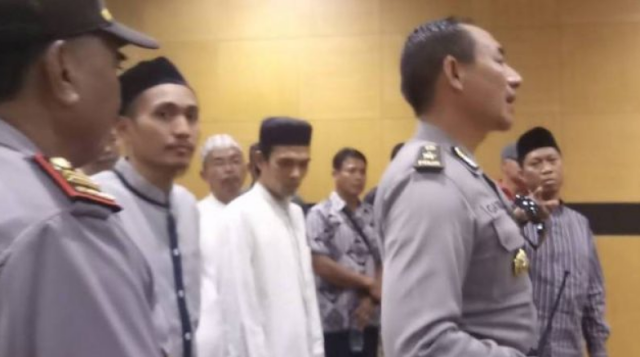 Disebut Dalang Persekusi Ustaz Somad, Arya Sebut Nama Jokowi