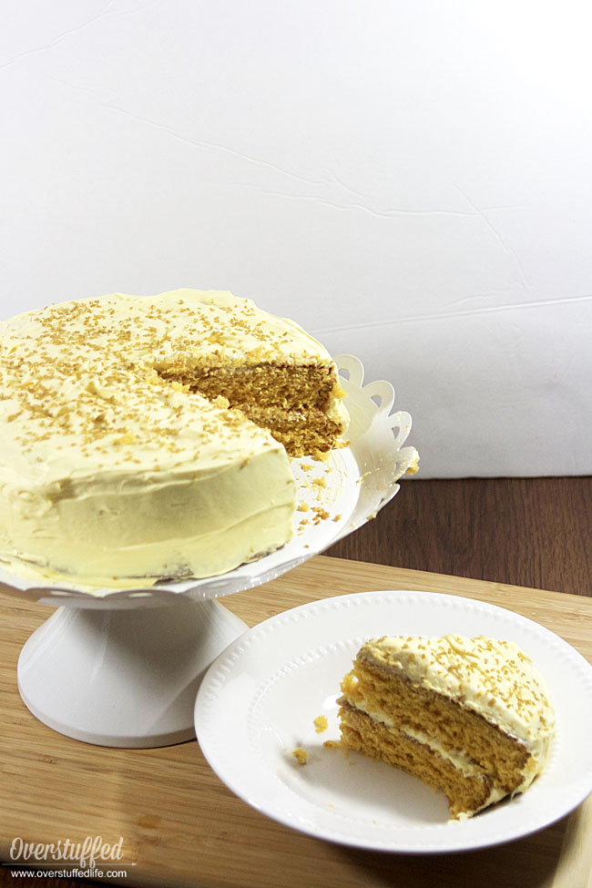 A simple cake mix hack for HARRY POTTER BUTTERBEER CAKE. It's GLUTEN FREE, easy to make, and totally delicious!