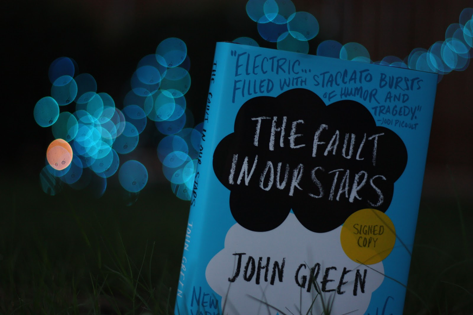 A short review of the fault in our stars a novel by john green