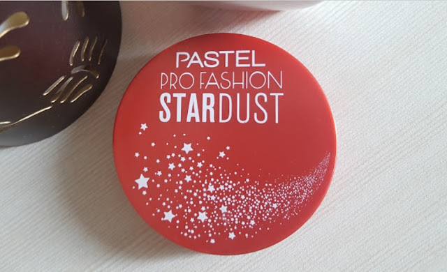 Pastel Profashion Stardust Highlighter