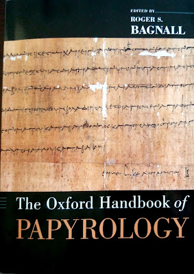 Portada The Oxford Handbook of Papyrology