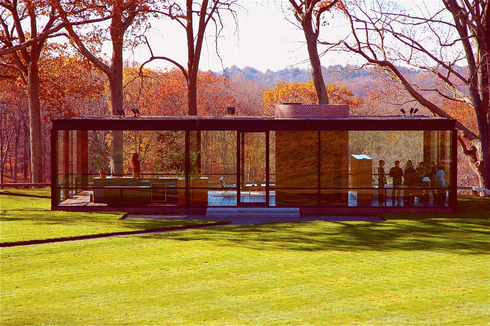 Glass house by philip johnson architect modern architecture