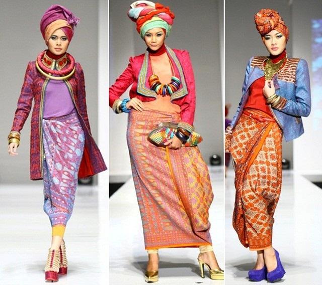 Model Baju Batik Wanita Muslimah Modern 2016