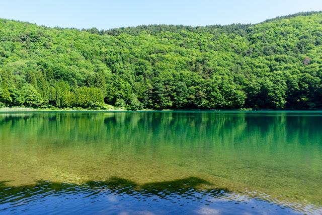 四尾連湖(山梨)