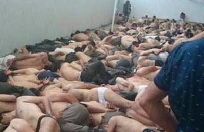 Torturing Turkish soldiers