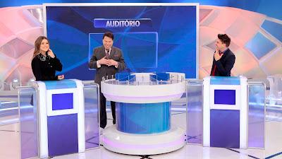 Os convidados durante o game com Silvio (Crédito: Lourival Ribeiro/SBT)