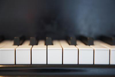 Phím đàn Piano làm bằng nhựa