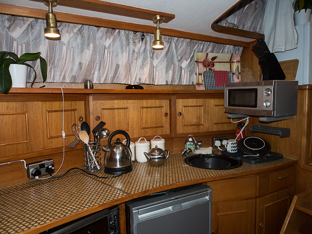 Photo of washing up in Ravensdale's galley