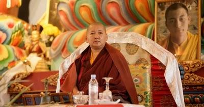 Miroir du dharma vue m ditation et action enseignement for Miroir du dharma