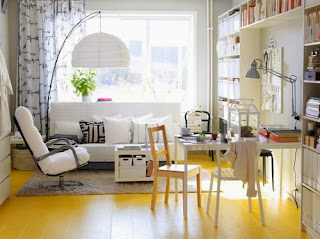 Decoración sala blanco y amarillo