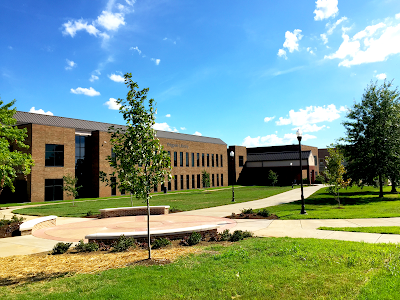 New green space, Thigpen Library, Vol State Community College campus