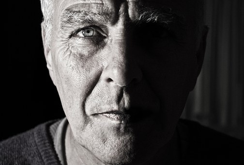 Common Oral Health Issues in Older Adults