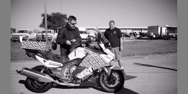 Carl Reese Pecahkan Rekor Dunia Mengendarai Motor dengan Jarak Terjauh