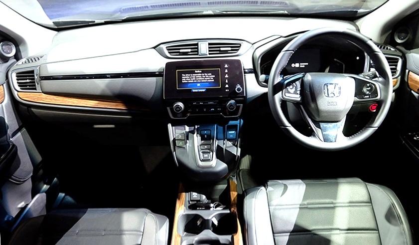 Crv 2017 Interior >> Spesifikasi Dan Fitur Honda Cr V 7 Seater Yang Diluncurkan