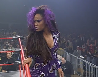 WCW Superbrawl 2000 - Paisley (Sharmell) accompanied The Artist Formerly Known as Prince Iuakea