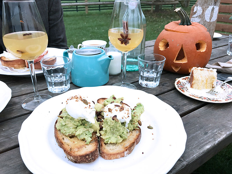 Brunch_Farm_Avocado_Peterley_Manor_Wild_Strawberry_Cafe