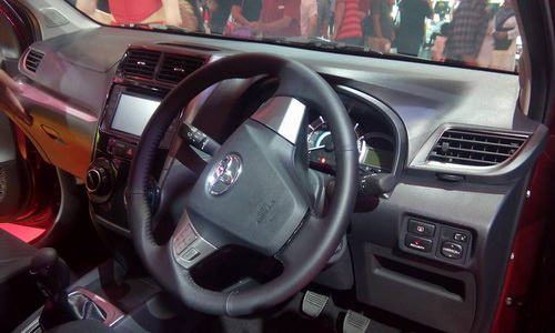 Interior Toyota Avanza Veloz Terbaru