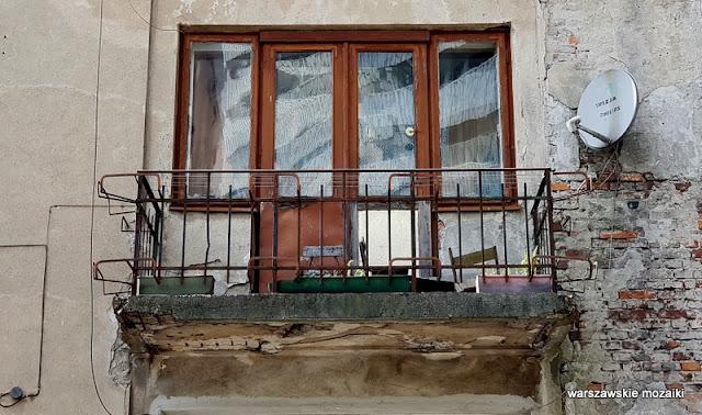 Warszawa Warsaw Praga Południe Grochów architektura ulice Warszawy balkon
