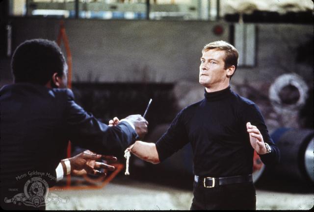 Hình ảnh phim 007: Sống Và Hãy Chết