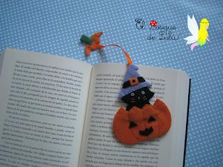 marcapáginas-punto-libro-elbosquedelulu-fieltro-felt-feltro-personalizado-regalo-lectura-marcadores-gatos-libros-hechoamanoparati