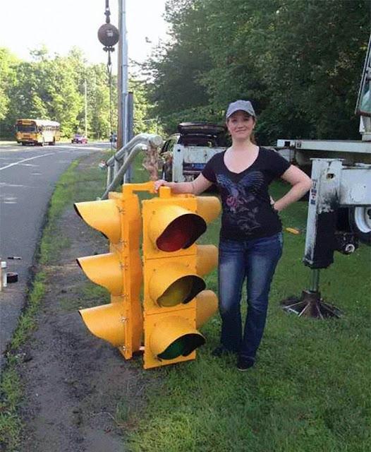 Semáforo de trânsito (Imagem: Reprodução/Casos Interessantes)