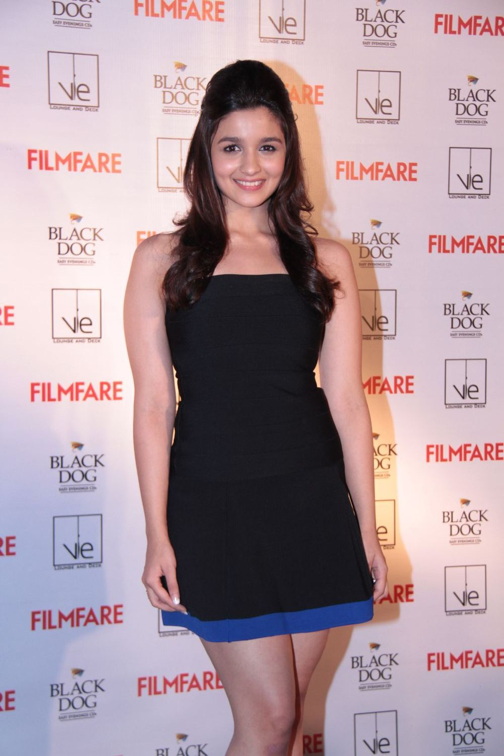 High Quality Bollywood Celebrity Pictures Alia Bhatt -1997