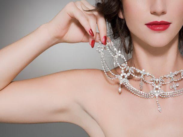¿Cuidas o dañas tus joyas de plata cuándo las guardas?