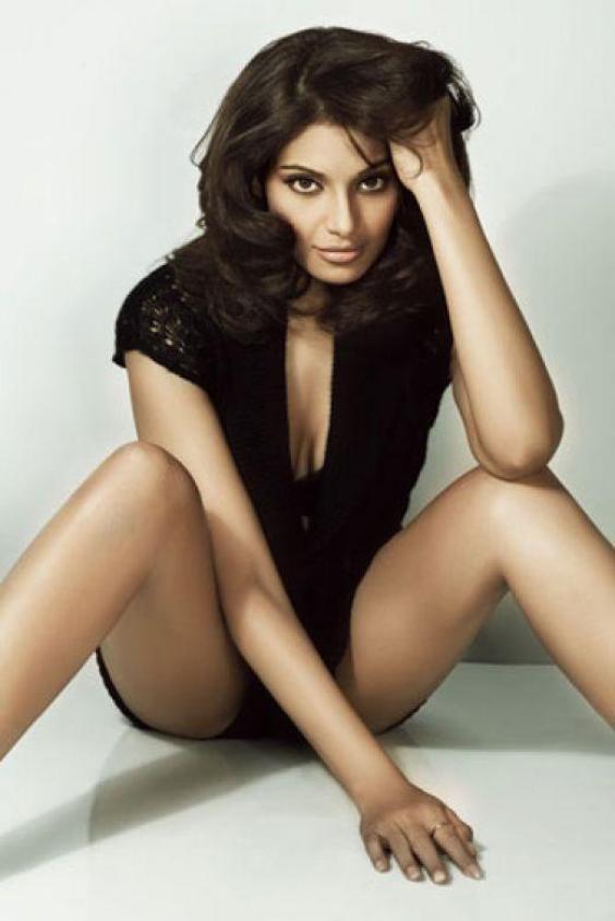 Bollywood Hotties Bipasha Basu Hot Sexy Photos-9820