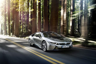 BMW i8 castiga Engine of the Year Award 2016