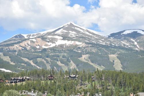 Breckenridge, CO mountain peaks