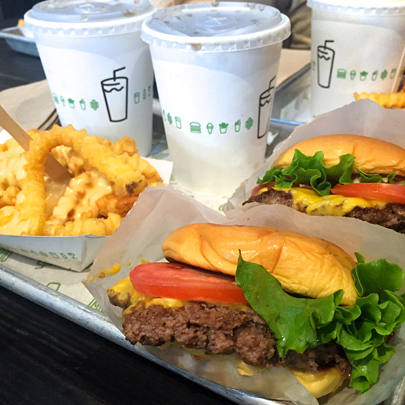 Elizabeth l NYC guide food spots l two hands cafe l jack's wife freda l shake shack l by chloe l restaurants l New York l travel l THEDEETSONE l http://thedeetsone.blogspot.fr