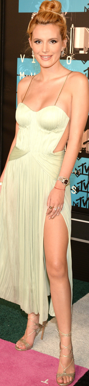 2015 MTV VMAs Bella Thorne
