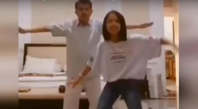 Video Tik Tok Bareng Cucu Viral, Ini Kata Wapres JK