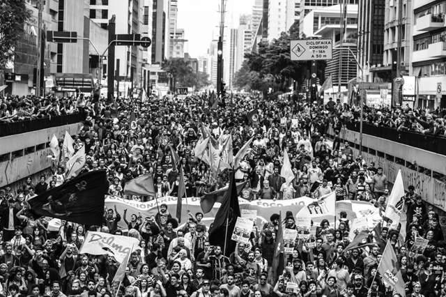 """Avenida Paulista, 4/9: aqui começou a espiral crescente do """"Fora, Temer!"""""""