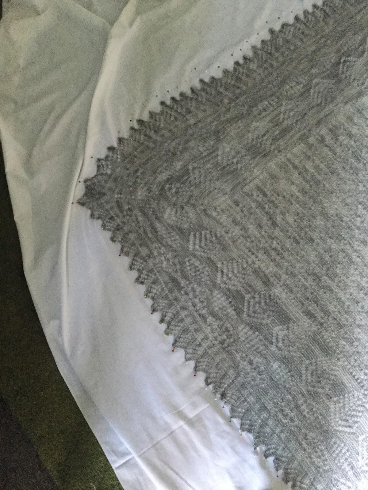 Knitting Overcast Stitch : Jeans Knitting