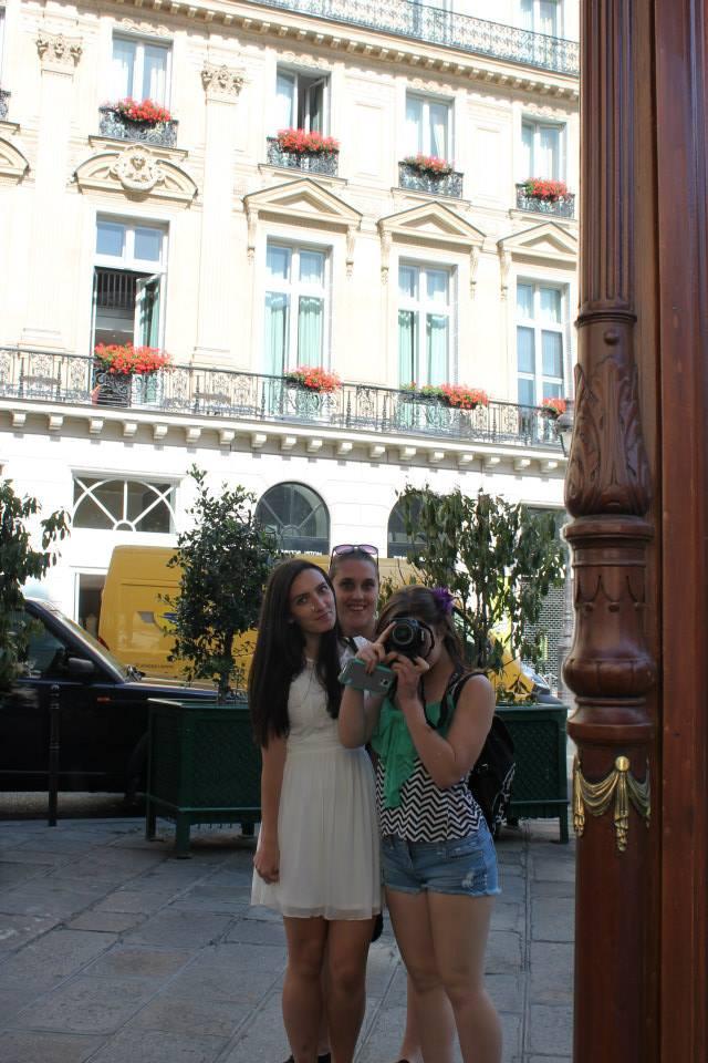 Paris mirror selfie