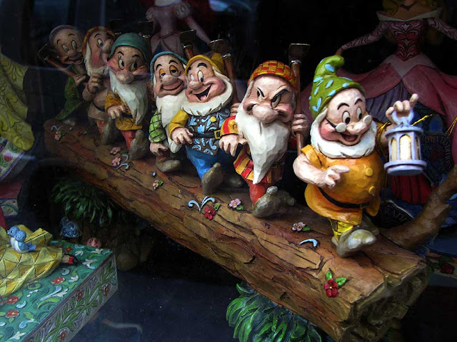 Dopey, Sneezy, Bashful, Sleepy, Happy, Grumpy and Doc, the seven dwarfs of Snow White, Livorno