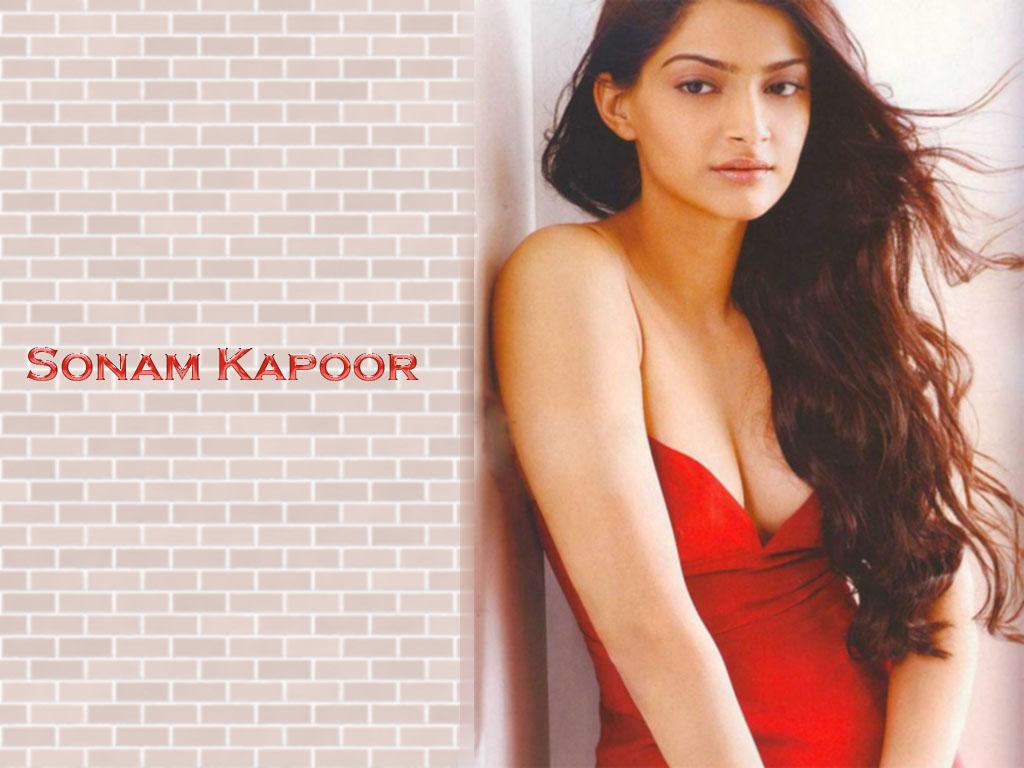 Sonam Kapoor Sex - Image 4 Fap-6964