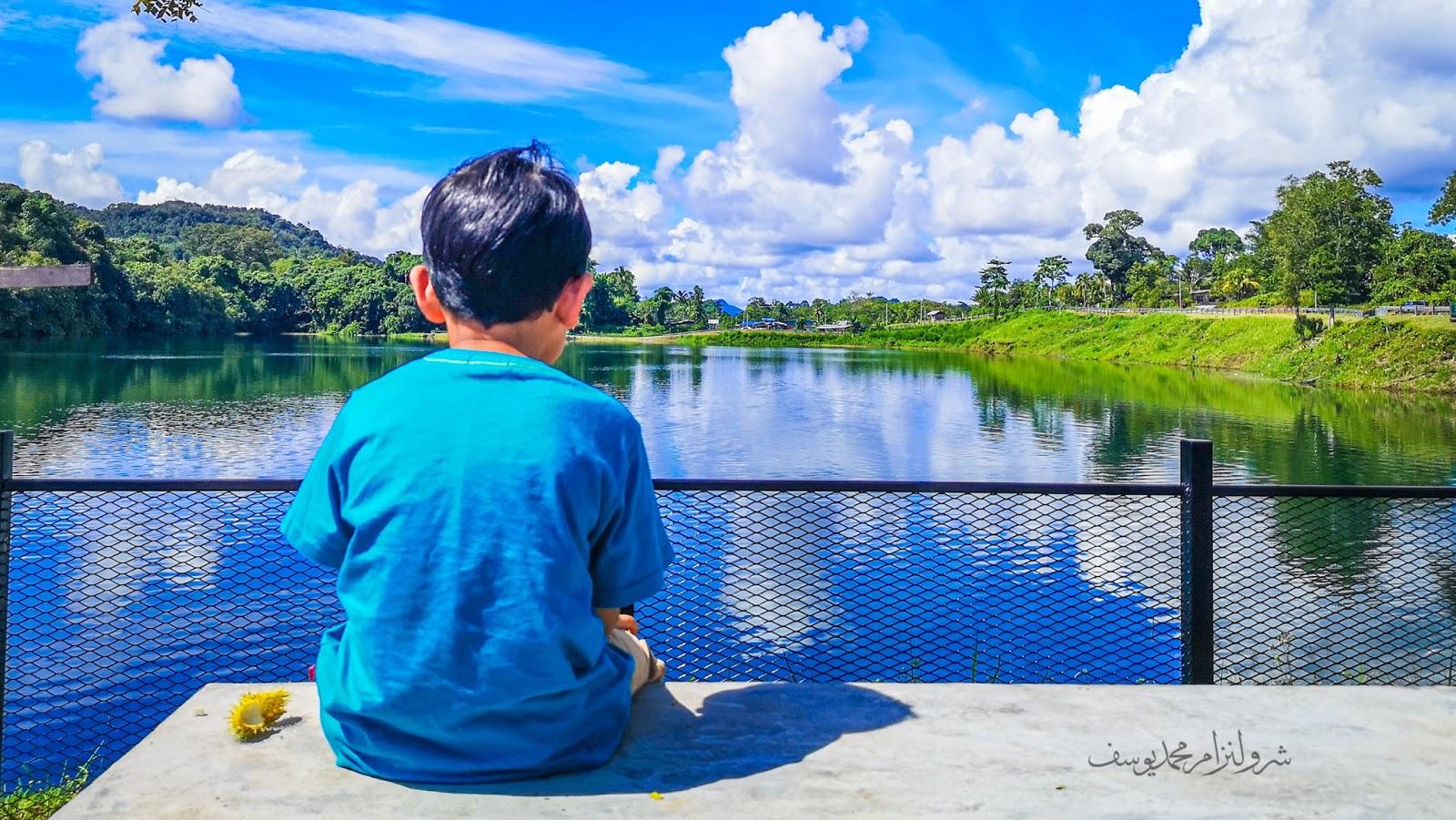 Tasik Biru Bau, Sarawak - Hafiz