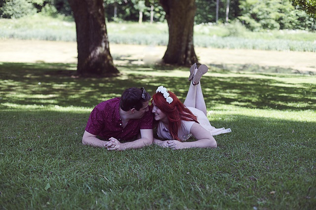 whimsical-wonderland-engagement-shoot