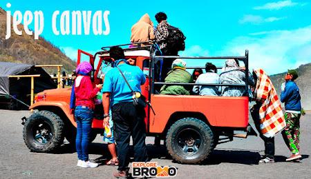 Jeep Canvas Terbuka di Wisata Bromo Midnight jawa timur