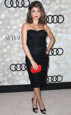 sarah-hyland-flaunts-confidence-through-fashion