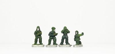 Artillery crew x 4: