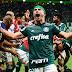 Palmeiras faz lição de casa, goleia América-MG e fica a dois pontos do título