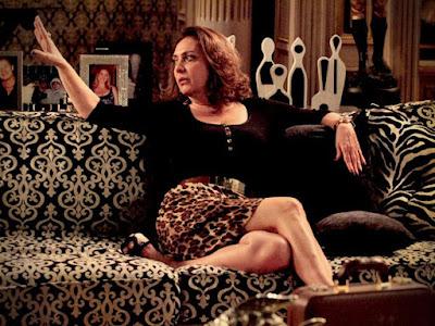Eliane Giardini como Muricy